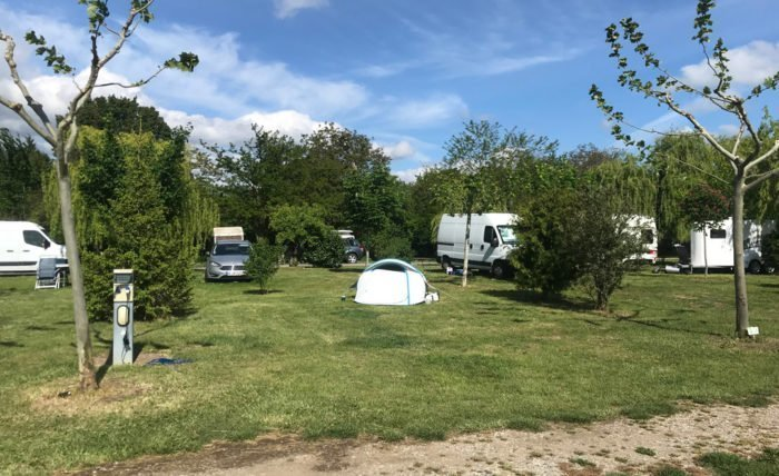 Does Camping de Montéglin accept animals? Does Camping de Montéglin accept animals?