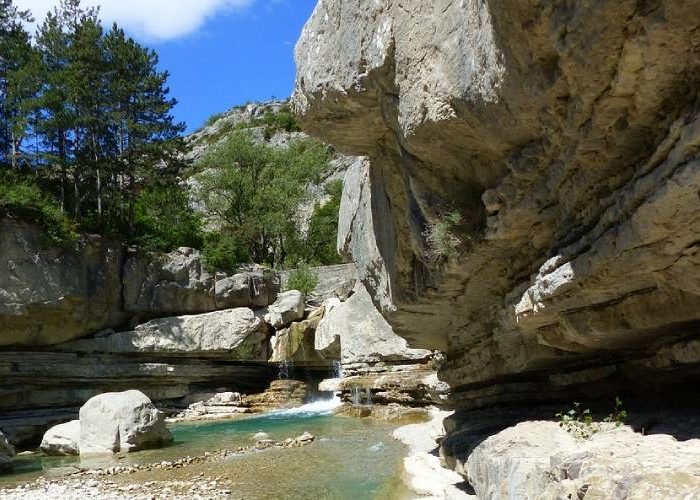 Baignades et randonnées dans les Gorges de la Méouge